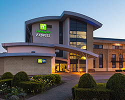 Holiday Inn Express Northampton South